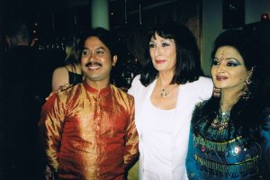 With Hollywood star Anjelica Huston at Nobel Peace Prize concert, Oslo, 2006