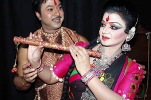 Nipa and Shibli Performing in Dance Drama Mohua (3)